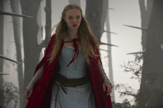 Red riding hood seyfried cape_