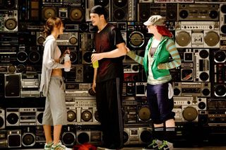 Step up 3d wall of stereos
