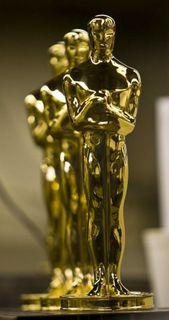Oscar statuette 1