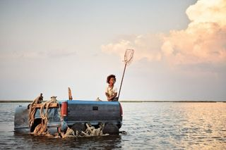 Beasts of the southern wild quvenzhane wallis truck boat