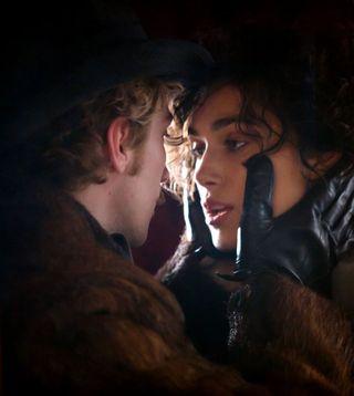 Anna karenina keira knightley aaron taylor johnson embrace