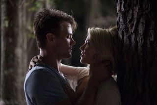 Safe haven josh duhamel julianne hough 2