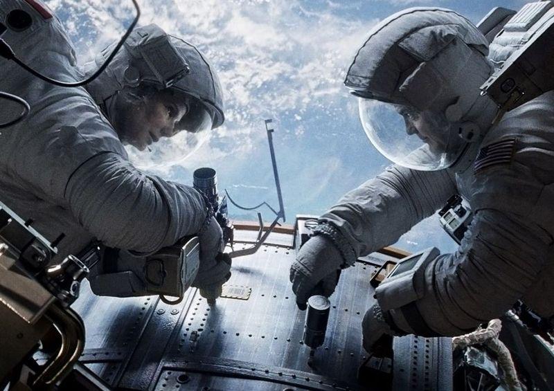 George-clooney-in-gravity-movie-10